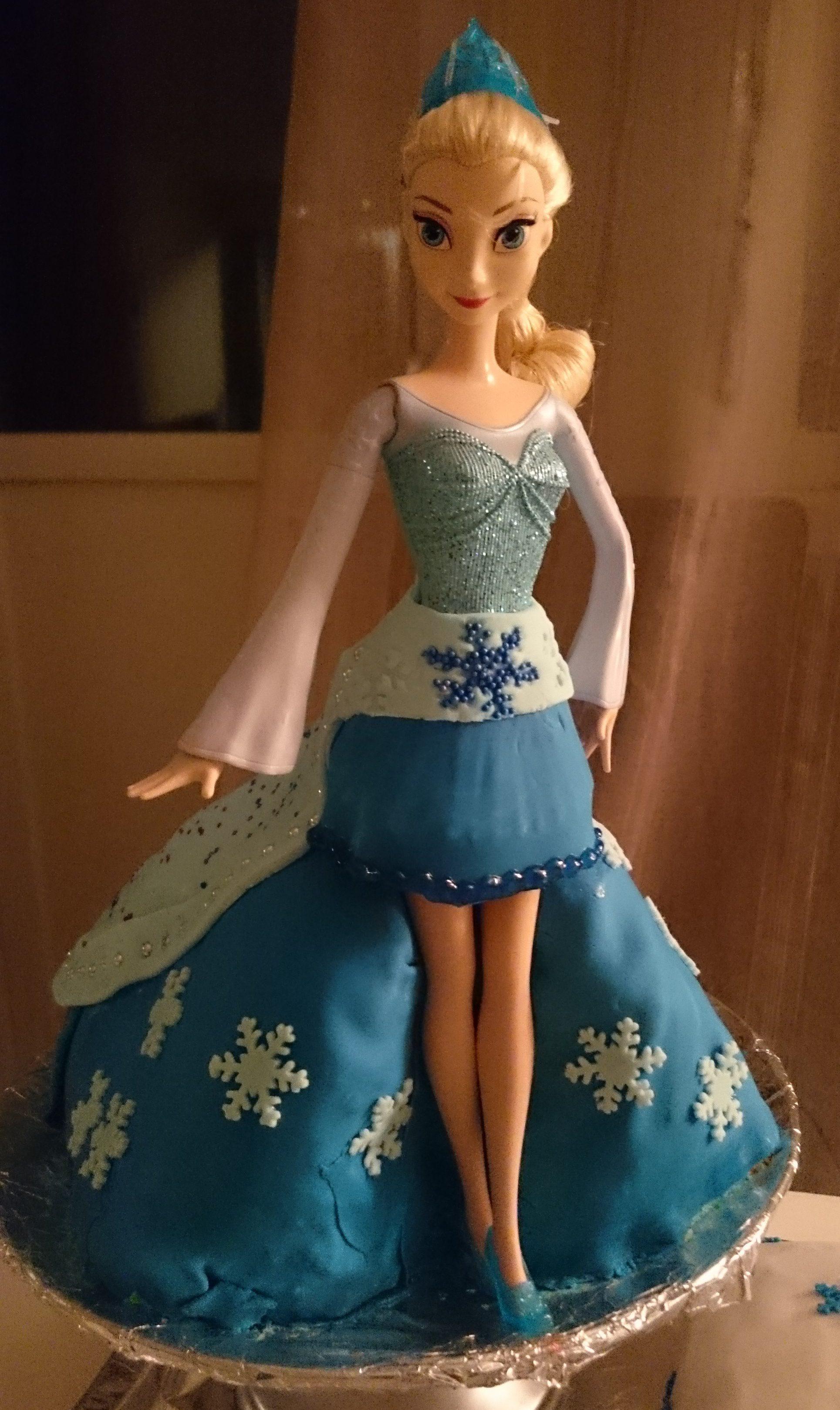 elsa dukke til kake